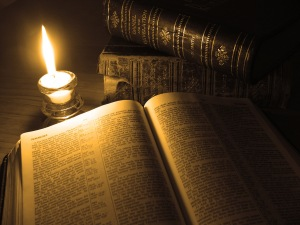 sop-books-bible-and-candle